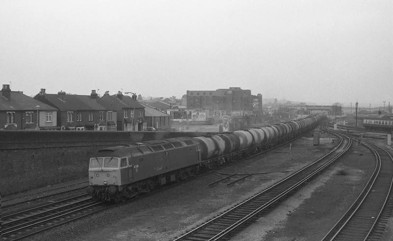 47226, Eastleigh Yard-Fawley, Eastleigh, 26-10-87.
