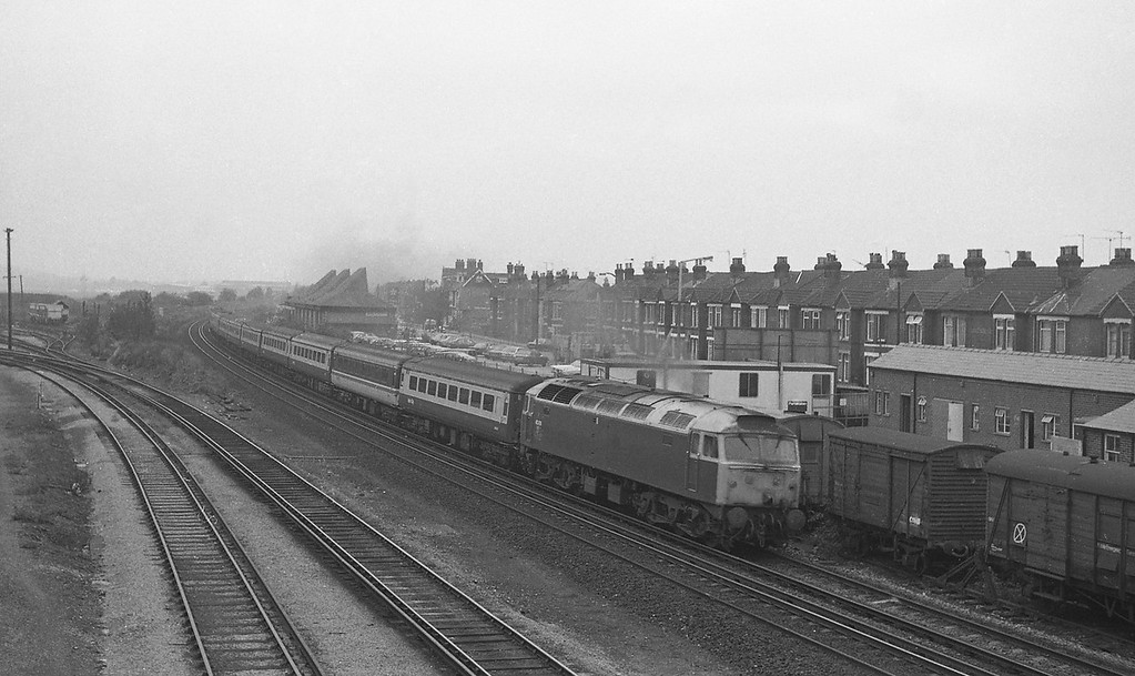 47476, up, Eastleigh, 26-10-87.