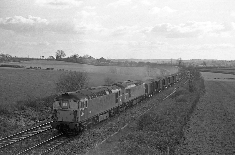 33107/33030, up departmental, Willand, near Tiverton, 1-3-88.