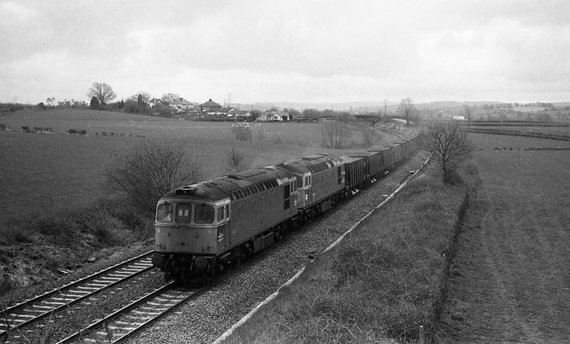 33211/33012, up departmental, Willand, near Tiverton, 29-3-88.