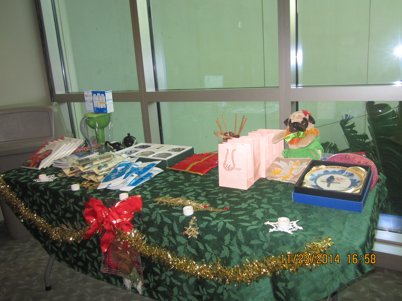gifts table..