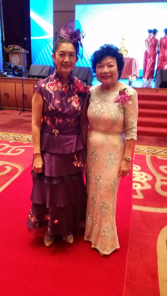 2 beautiful sister: Frances & Elizabeth @2016 GFCBW world conference in Taipei!