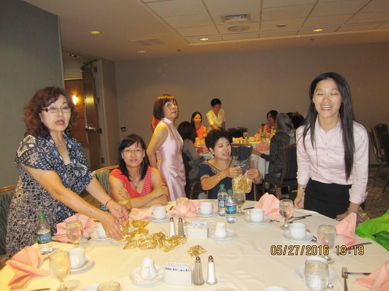 action shot of sisters: LiShueh - Joanne - Patti - Diana - Jessica