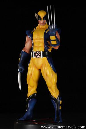Bowen Designs Astonishing Wolverine Statue PHASE 5