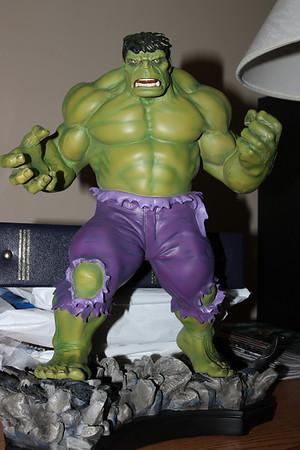 Bowen Designs Hulk Retro Statue PHASE 4