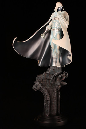 Bowen Designs Moon Knight Statue White Variant PHASE 3