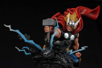 Bowen Designs Strikedown Thor Statue PHASE 5