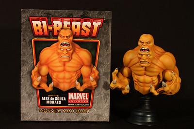 Bowen Designs Bi-Beast Mini Bust