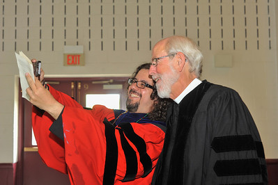 """Selfie"" moment with Prof. Cláudio Carvalhaes and commencement speaker the Rev. Mark Hanson"