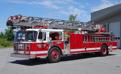 RETIRED  Ladder 1 1981 Seagrave 100'