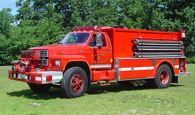 Retired   Engine 6   1983 Ford Tanker   1000 / 1800