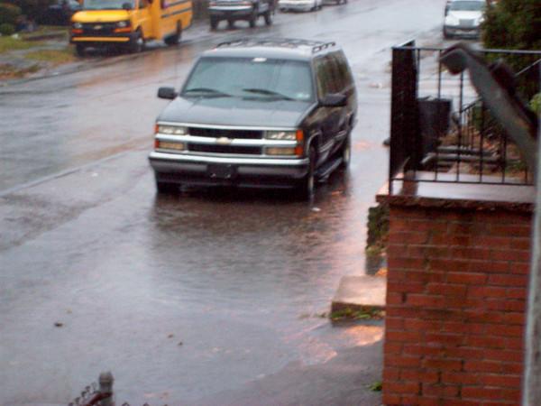 Street floding 17th@James  11-15-08