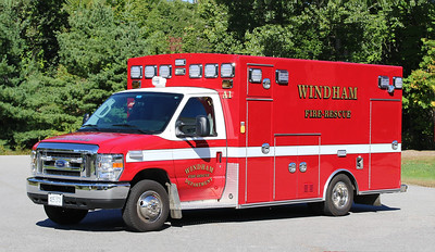 Ambulance 1   2017 Ford / Braun