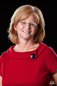 Faculty-Brewer-Stacey-4226-Edit