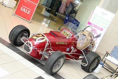 diamond run mall 03-22-14 015