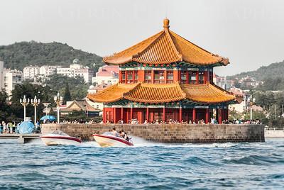 Qingdao Pier Qingdao, China 1406C-Q10