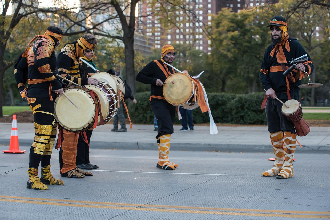 161022 Jabberwocky Halloween Parade (Photo by Johnny Nevin) -044