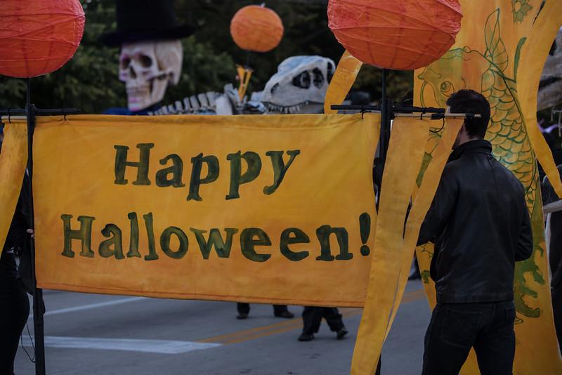 161022 Jabberwocky Halloween Parade (Photo by Johnny Nevin) -074