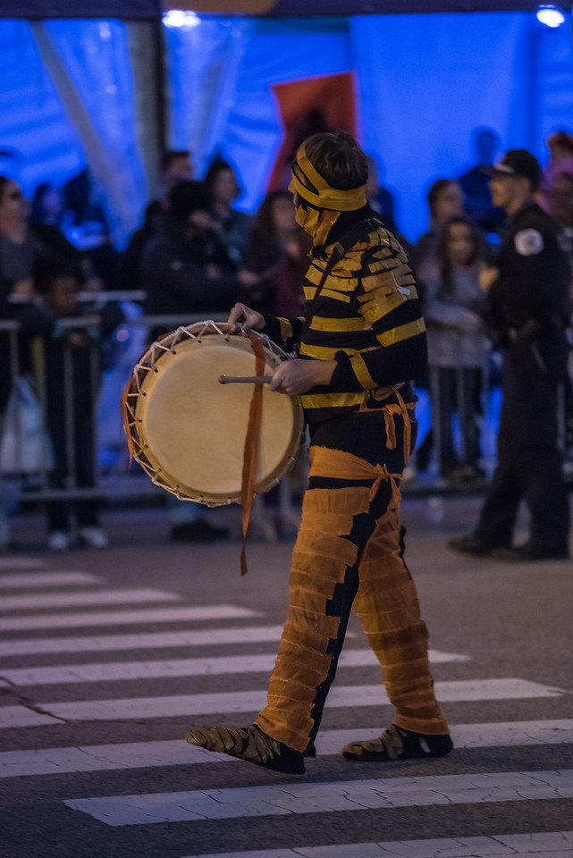 161022 Jabberwocky Halloween Parade (Photo by Johnny Nevin) -150