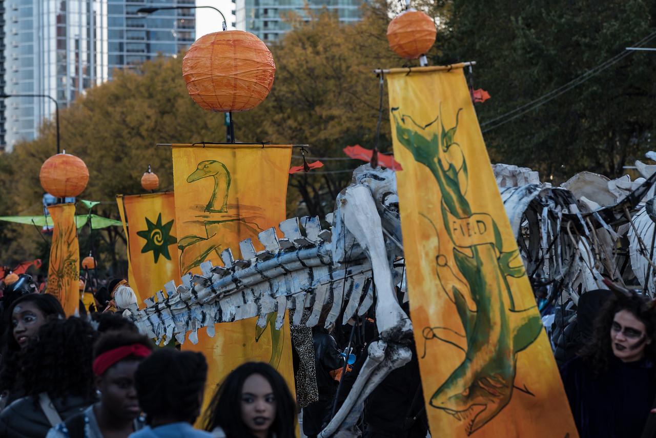 161022 Jabberwocky Halloween Parade (Photo by Johnny Nevin) -079