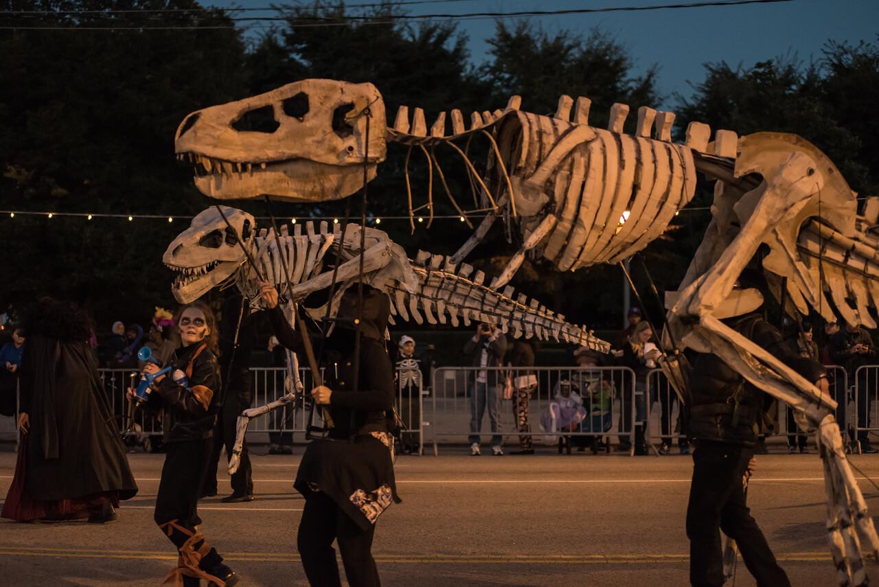 161022 Jabberwocky Halloween Parade (Photo by Johnny Nevin) -128