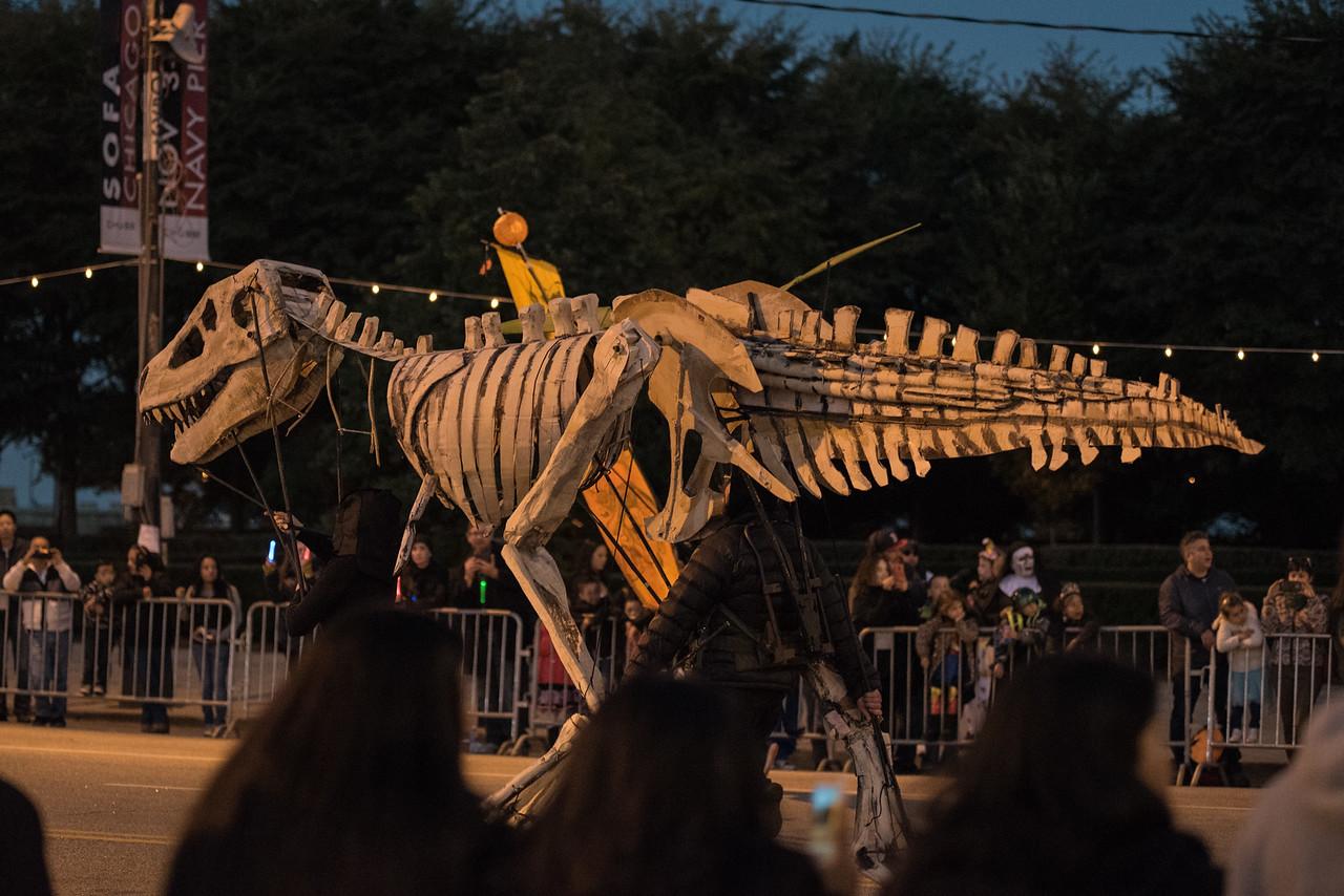 161022 Jabberwocky Halloween Parade (Photo by Johnny Nevin) -121