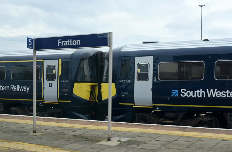442403 & 442408, Fratton, Wed 12 June 2019 - 1609.  South Western Railway's newly reinstated Wessex Electrics.