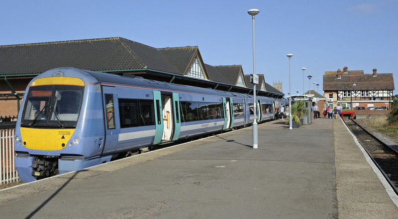 Cromer station, Sat 31 August 2013 1 - 1608.  170206 stands with Greater Anglia's 1546 Sheringham - Norwich.