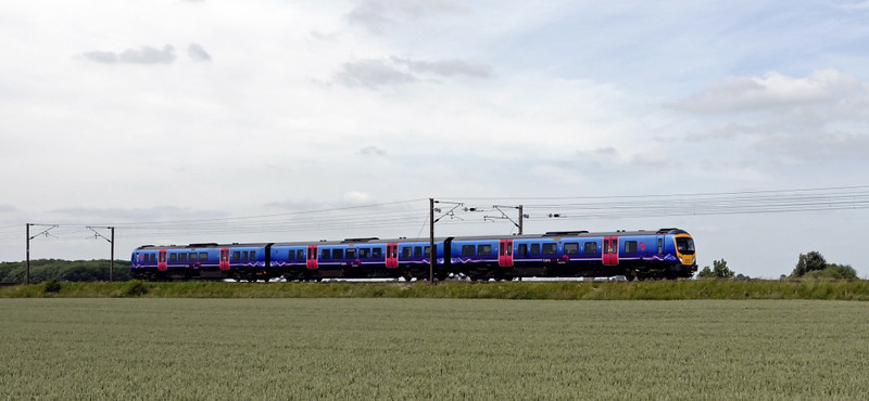 Southbound 185151, East Cowton, Wed 23 June 2010 - 1358