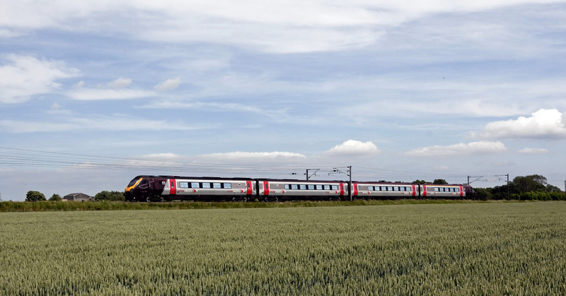 Northbound 220025, East Cowton, Wed 23 June 2010 - 1553