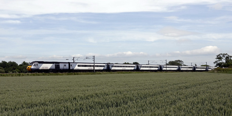 Northbound 433xx [& 43296], East Cowton, Wed 23 June 2010 - 1616