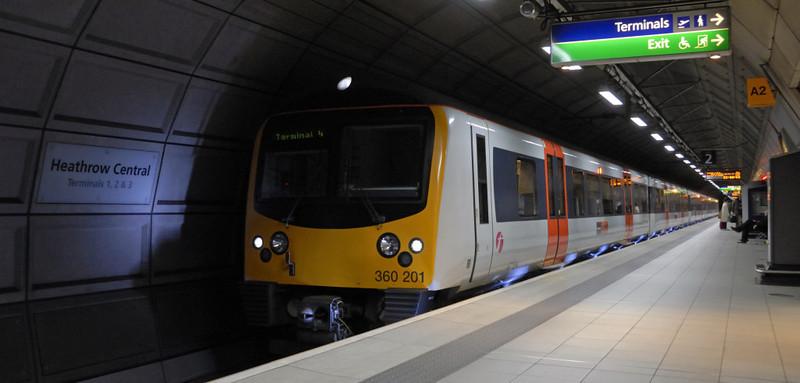 360261, Heathrow Central, 30 December 2009
