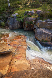 Rocky Pool Falls