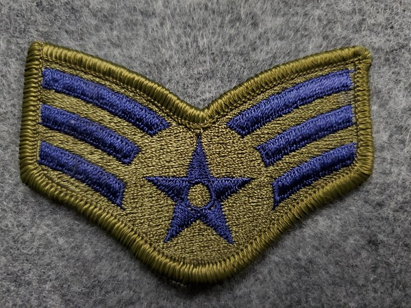 E4 Senior Airman Green