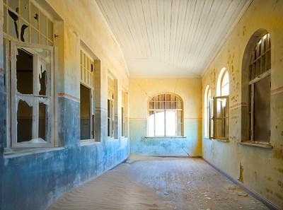 NB 30 Kolmanskop Hospital