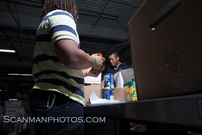 FoodBankMar2012-16