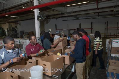FoodBankMar2012-39