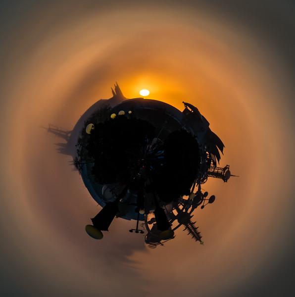 Small Tomorrowland Planet