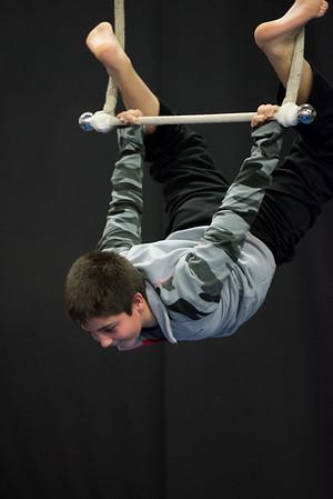 wca-fall2014-wed-teens-trapeze-0013