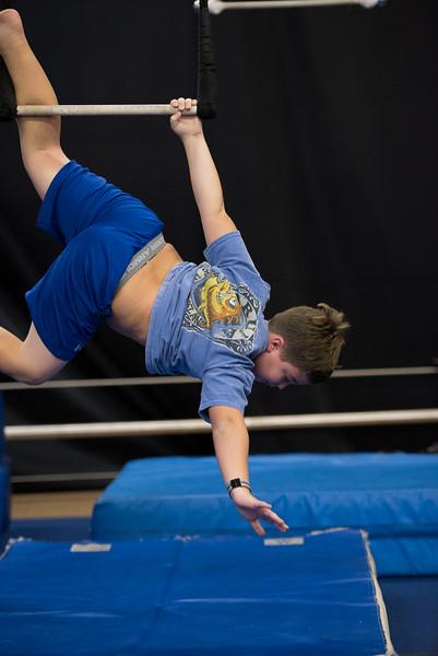 wca-fall2014-wed-teens-trapeze-0017