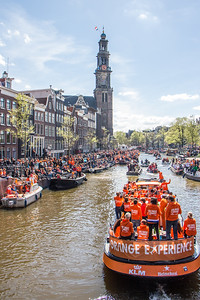 King's Day off Prinsengracht at De Nieuwe Kerk