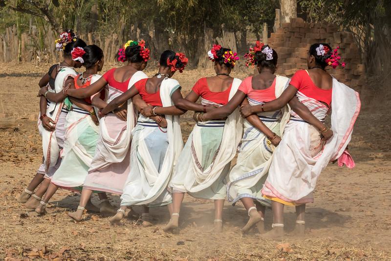 Bade Themali, Kanker, Chhattisgarh, India. Muria tribal dancers.