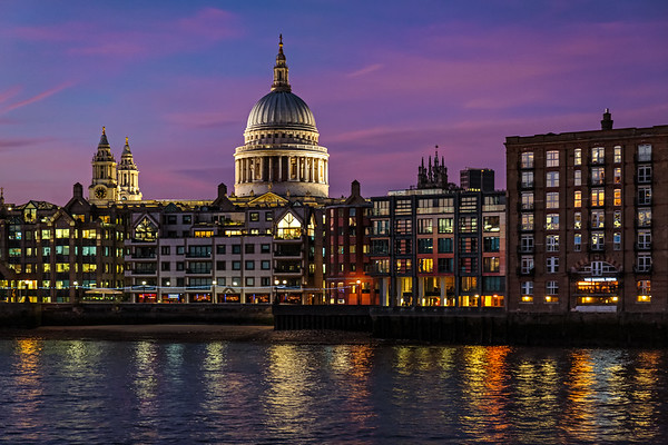 Across to St Pauls