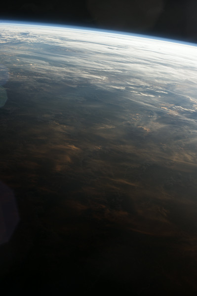 Reid Wiseman @astro_reid  Jun 2 Hard to capture pink clouds at sunset. Love them on Earth, not as pretty here.