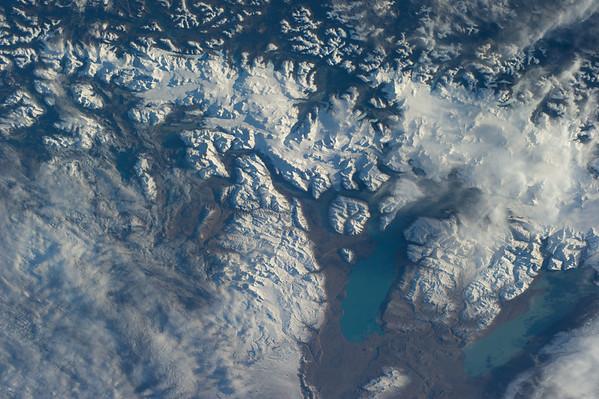 Reid Wiseman @astro_reid  Jun 1 Gorgeous glacial flows near Straits of Magellan. I was there in '08.