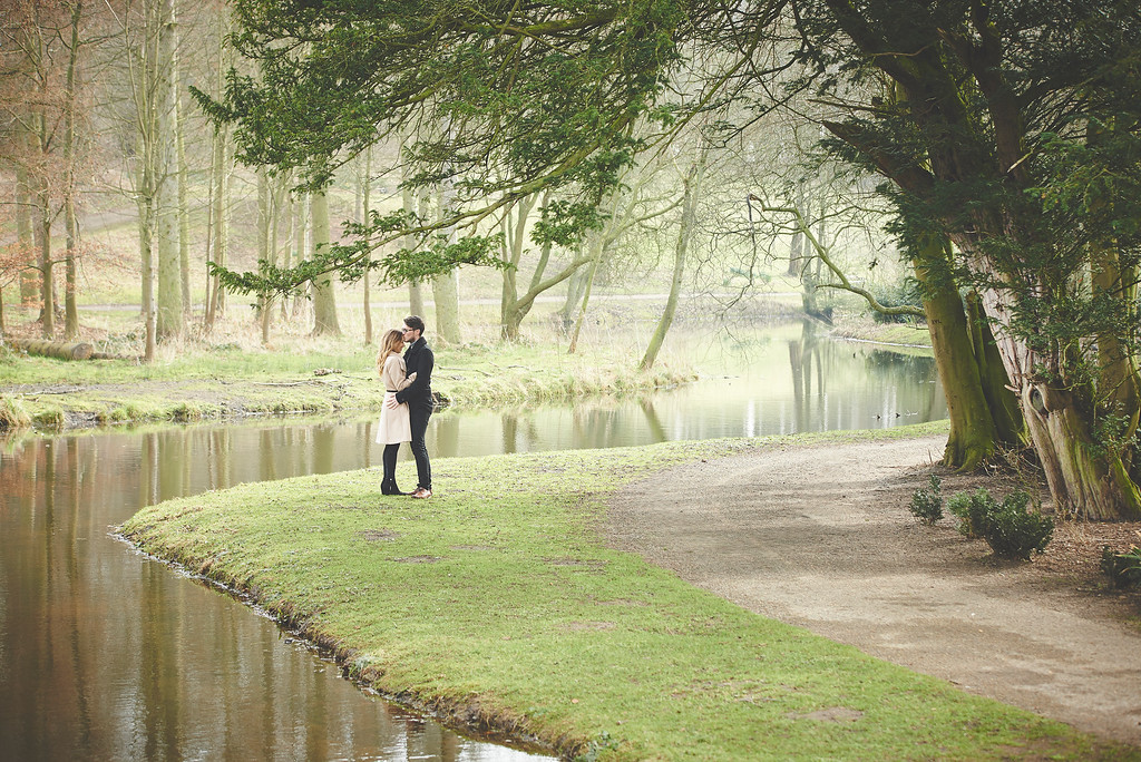 Hardwick Hall pre wedding photos