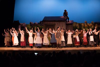 Fiddler on the Roof-35