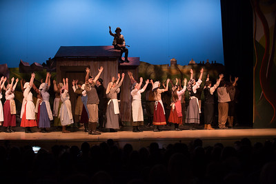 Fiddler on the Roof-37