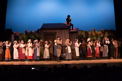 Fiddler on the Roof-41