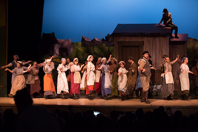 Fiddler on the Roof-40